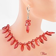 JODI� lovely necklace and earrings set of two-tone red dagger beads and Swarovski crystals
