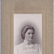 Carte-de-Visite Photo of Beautiful Young Woman
