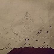 "Vintage 15 x 23"" Huck Linen Hand Embroidered Towel"