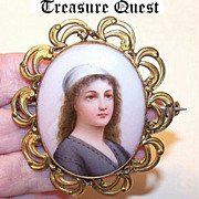 Large ANTIQUE VICTORIAN Hand Painted Porcelain & Gold Filled Pin!