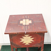 1930s Primitive Painted Indian Design on Tilt-top Pine Table