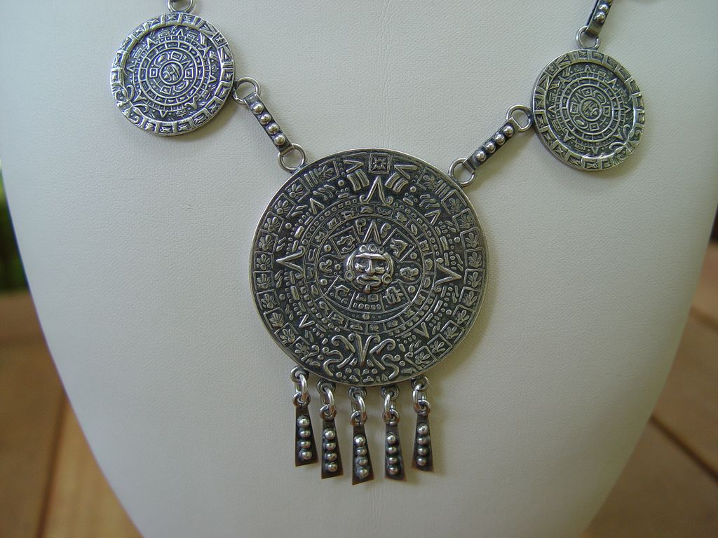 Vintage sterling silver necklace mexico aztec calendar from