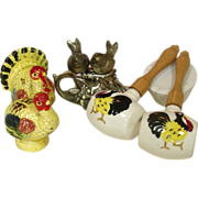 Salt & Pepper Shakers ~ Turkeys, Chickens, Birds in the Flowers