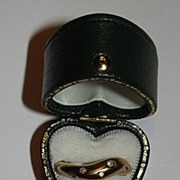 10 kt Gold and Diamond Ring