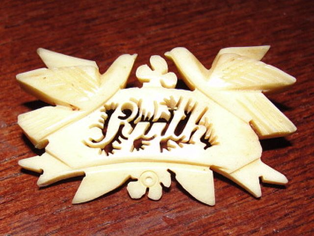 Victorian Carved Bone Name Brooch Ruth Pin with Doves and Lillie's