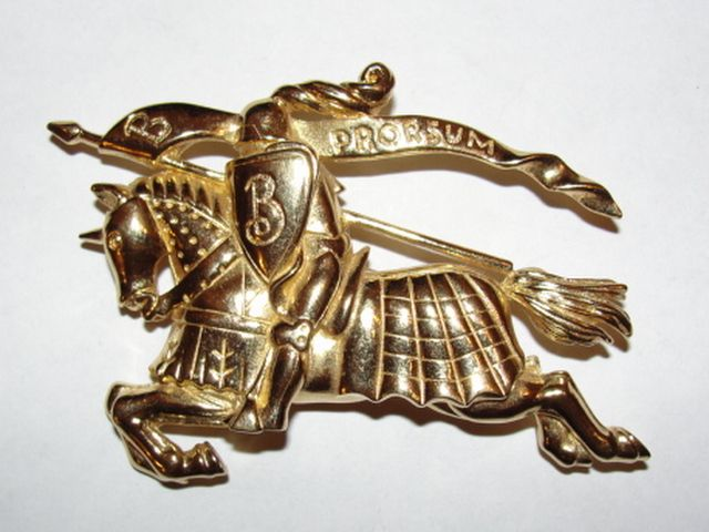 Massive 18 kt Gold Plated Burberry Prorsum Monogram Pin Knight on Horseback