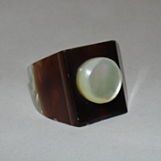 Victorian Mother of Pearl Shell Button Ring