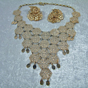 Vintage Vendome Gold-Tone Filigree Necklace and Earring Set