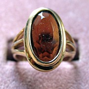 Avon Oval Amber Goldtone Ring