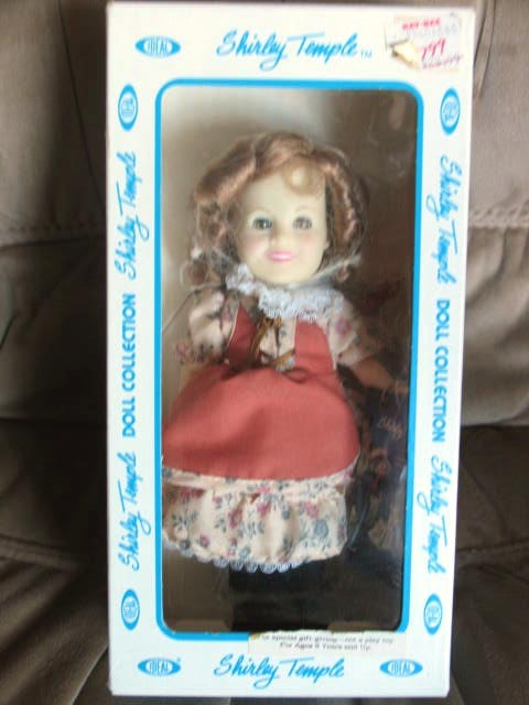 "Ideal Shirley Temple Doll - ""Suzannah of the Mounties"" - 1983"