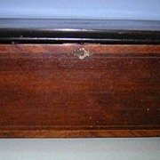 "18.5""x 10.75""x 8.75""  MUSIC BOX with Rare Bells"