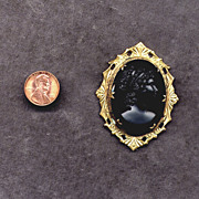 Costume Gold-Filled Black Glass Cameo Pin