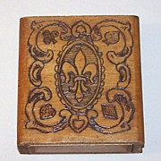 Bookshelf Pyrographic Playing Card Box, �Fleur-de-LIs�