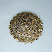 Sarah Coventry Sunburst Brooch