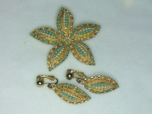Sarah Coventry Ocean Star Brooch and Earrings