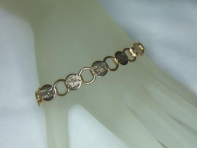 Sarah Coventry Goldentone Young & Gay Bracelet