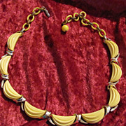 Lisner Lemon Color Necklace