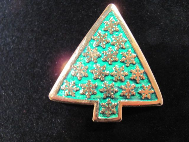 Vintage Lia Sophia Christmas Tree Pin
