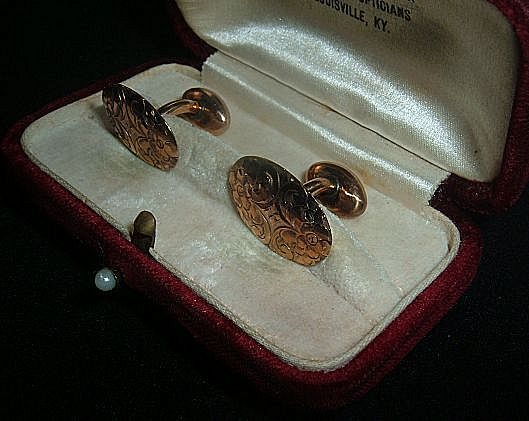 Antique 10kt Gold Cufflinks in Original Box Beautifully Engraved  Men's or Woman