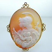 Vintage Yellow Gold Large Shell Cameo Brooch Pin Estate Jewelry