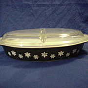 PYREX Black Snowflake Divided Covered Casserole 1950's