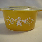 Pyrex ButterFly 1 Covered 1 Quart Backing dish with Cover