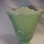 Hull Large Green Fan Vase Drip Pattern USA