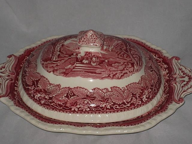 Mason's Pink/Red Vista Ironstone Covered Vegetable Dish