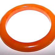 Unusual Apricot Juice Bakelite Bangle with Traces of Red