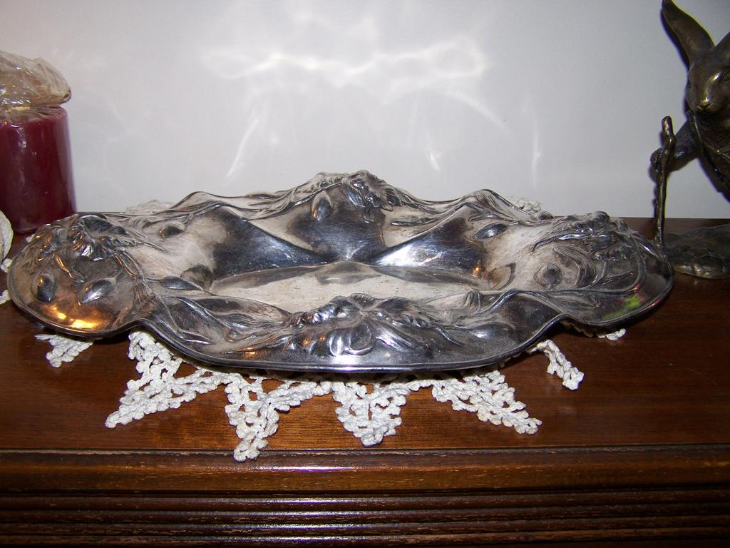 1920 39 s art nouveau quadruple silver plate floral tray e g for L furniture warehouse victoria bc