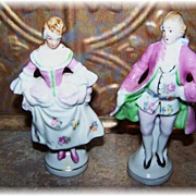 Pretty Vintage Colonial Couple Figurines Made In Japan