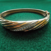 14K Yellow Gold & Diamonds Bangle Bracelet