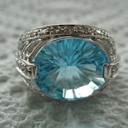 14K White Gold Blue Topaz Diamond Ring Size 7