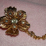 SALE Goldtone Floral Brooch with Rhinestones