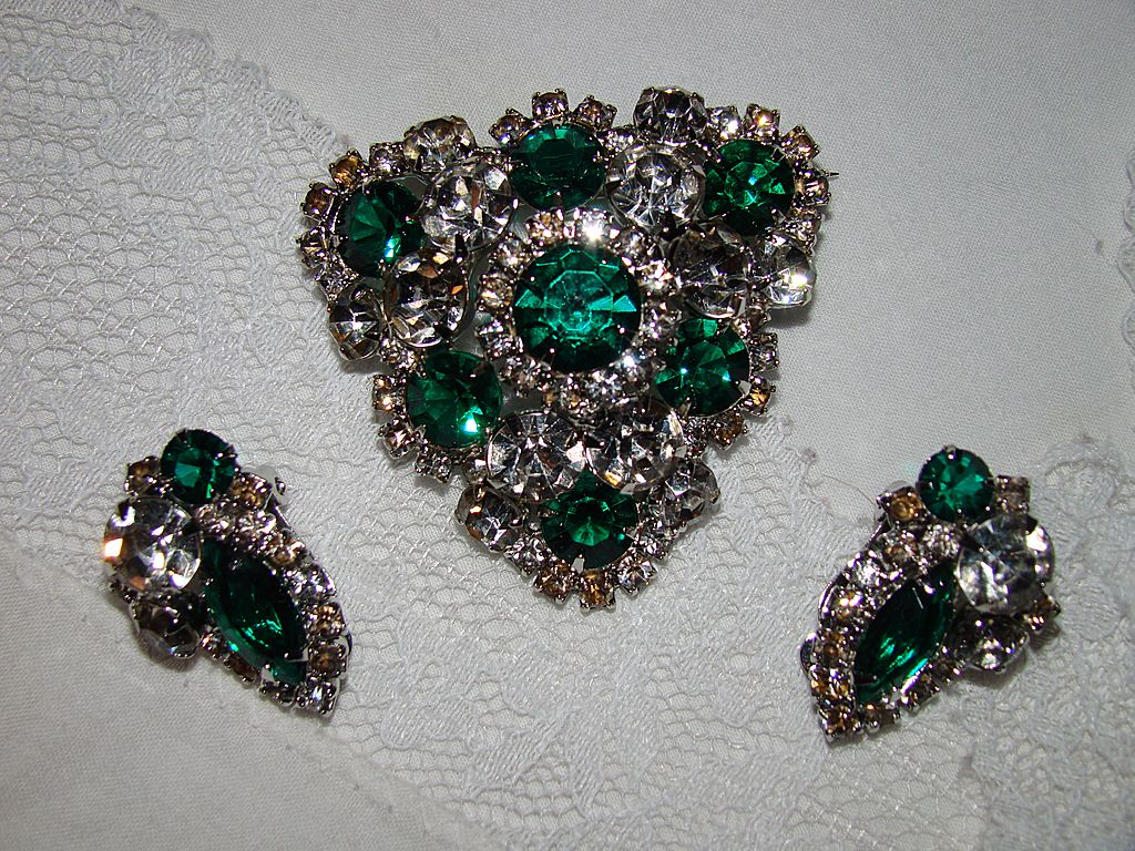 Absolutely Incredible Emerald and Clear Rhinestone Brooch and Earring Set