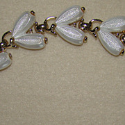 SALE Lisner Double Tear Drop Shapes That Make an incredible Bracelet