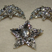 SALE Absolutely Breath Taking Star Brooch and Earring Set