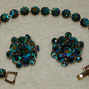SALE Weiss Deep Aqua Blue Borealis Hue Bracelet and Earring Set