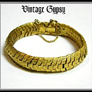 Slinky Vintage Gold Colored Fabulous Pot Metal Bracelet