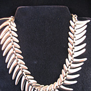 1950's Goldtone Boomerang Choker Necklace