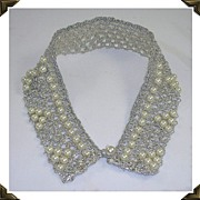 Lovely Ladies 1950's Vintage Silver Metallic Faux Pearl Collar