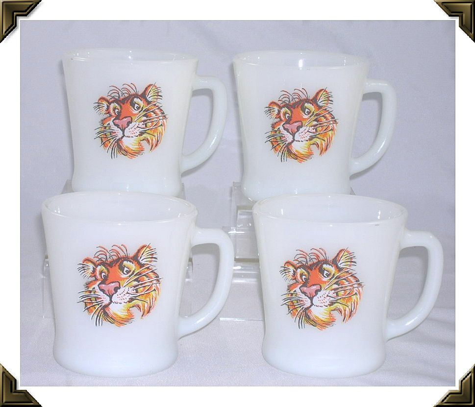 Set of 4 Anchor Hocking Fire King Milk Glass &quot;Tiger&quot; Mugs