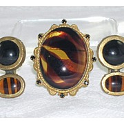 Stunning Large Glass Stone Brooch/Pendant Original by Robert Clip-On Earrings Unmarked