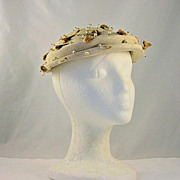 Vintage Schiaparelli Paris Hat Faux Pearls Flower Decorations 1940�s