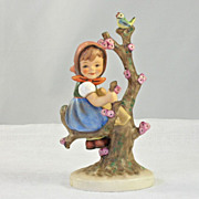 Endearing Goebel Hummel Figurine Apple Tree Girl #141/l