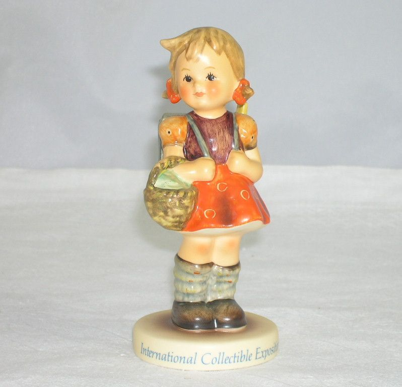 Endearing Goebel Hummel Figurine International Collectible Exposition School Girl #81