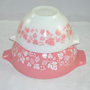 SOLD Set of 2 Vintage Pyrex Gooseberry Pattern Cinderella Mixing/Nesting Bowls