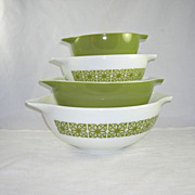 SOLD Pyrex Set of 4 Cinderella Nesting Bowls Square Flowers/Dutch Clover Pattern