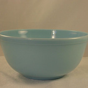 Vintage Delphite Blue Pyrex Glass Mixing/Nesting Bowl 2  QT