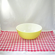 Vintage 4 QT Yellow Pyrex Glass Mixing/Nesting Bowl